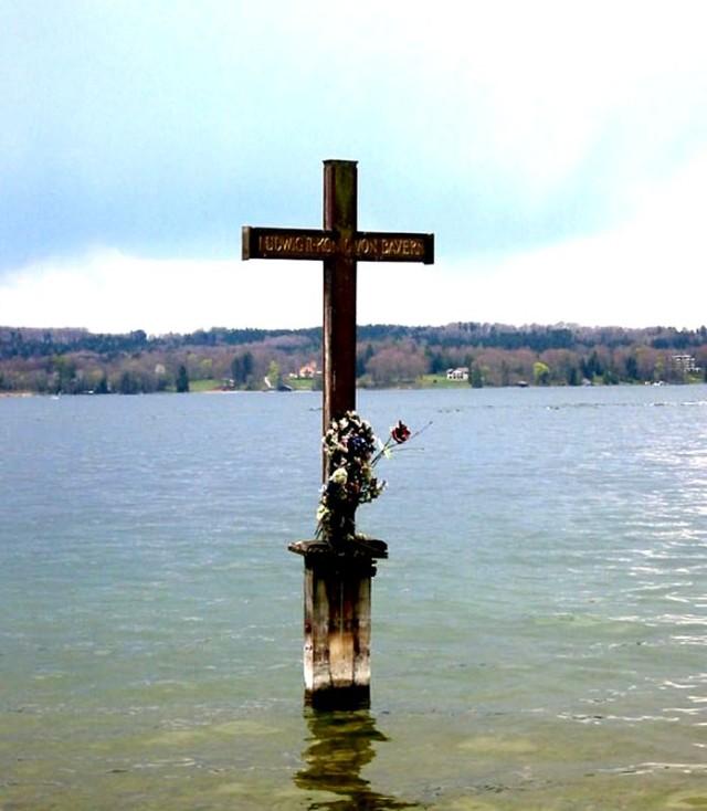 Место гибели короля Людвига II на озере Штарнберг