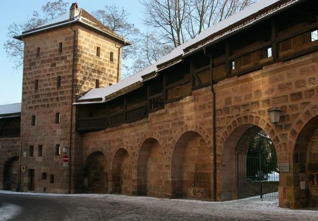 Крепостная стена (Stadtmauer)