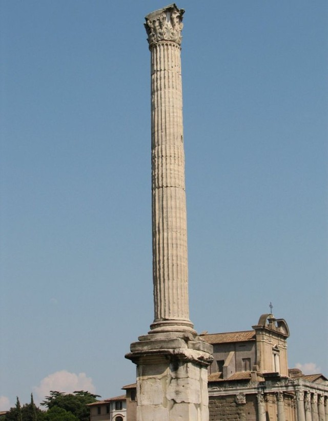 Колонна Фоки (Colonna di Foca)