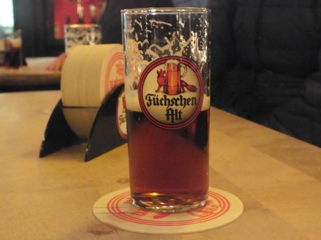 Пиво Фюхштен альт Старая лиса