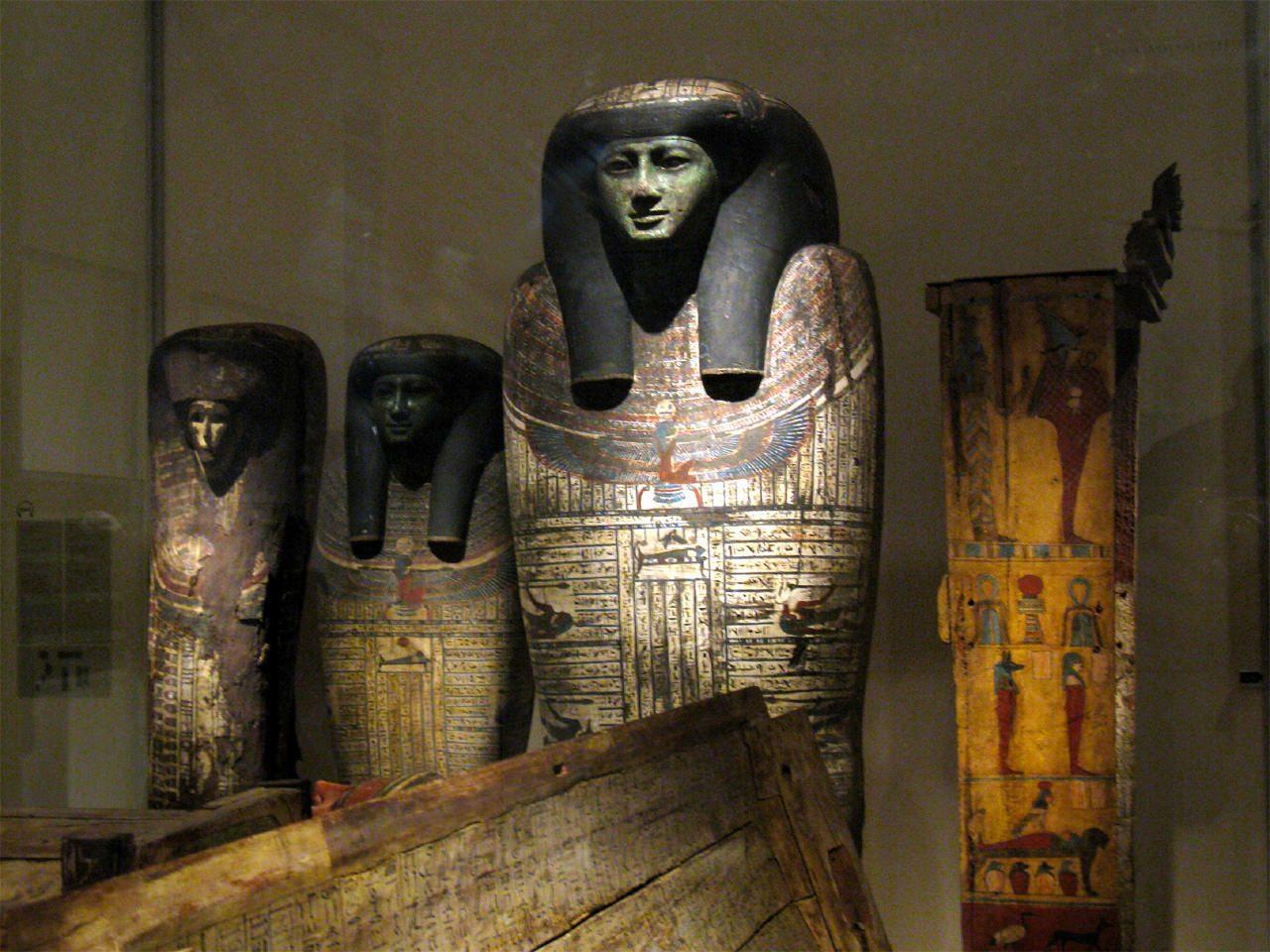 Египетский музей (Ägyptisches Museum und Papyrussammlung)