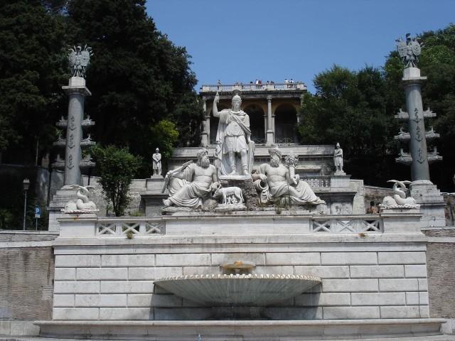 Фонтан богини Рима и терраса Пинчио (Fontana della Dea di Roma e terrazza del Pincio)