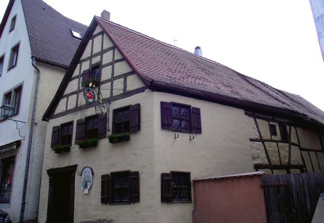 Музей «Староротенбургский дом ремесел» (Alt-Rothenburger Handwerkerhauschen)
