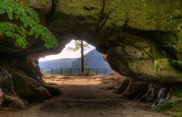 Скальные ворота Кушталь (Kuhstall)
