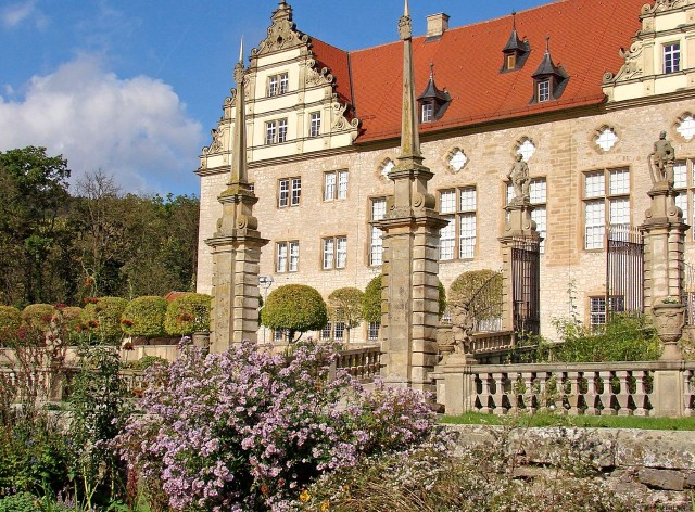 Замок Вайкерсхайм (Schloss  Weikersheim)