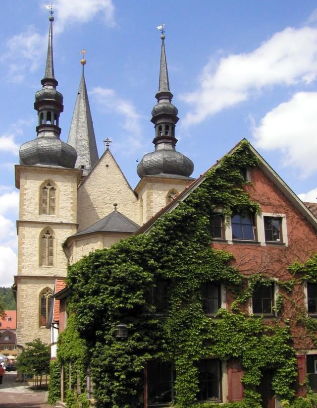 Церковь Св.Георга (Stadtkirche St. Georg)