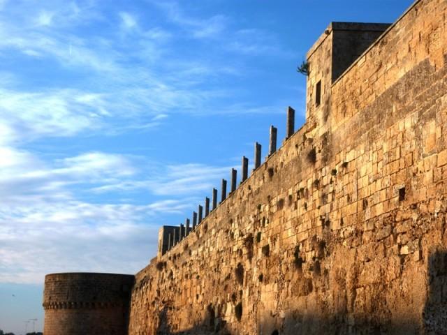 Castello degli Aragonesi