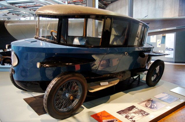 Автомобиль Rumpler Tropfenwagen