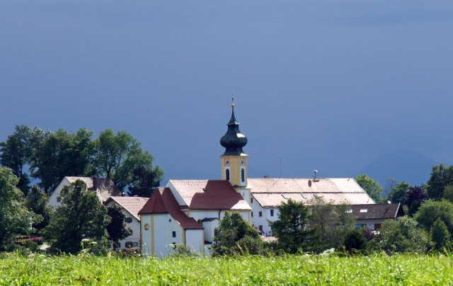 Приходская церковь св. Якоба (Pfarrkirche St. Jakob)
