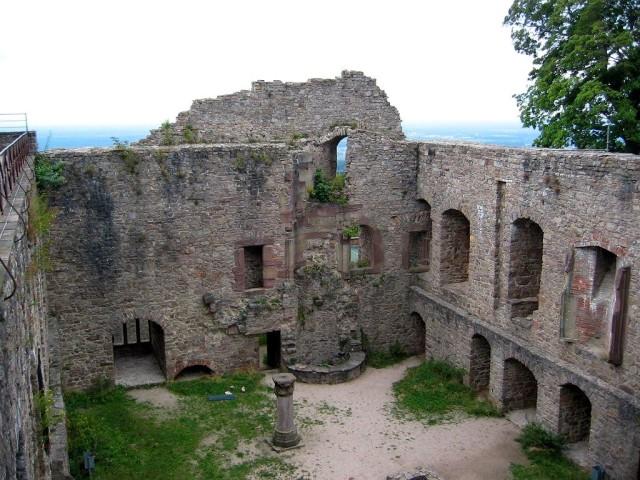 Замок Хоэнбаден (Schloss Hohenbaden)