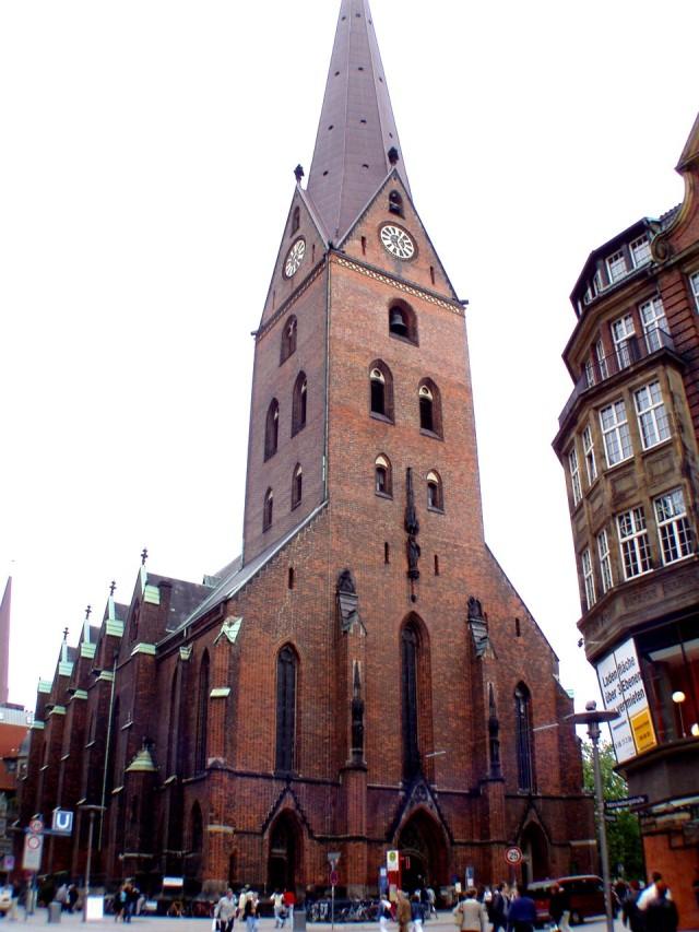 Церковь святого Петра (Hauptkirche Sankt Petri)