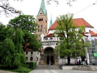 Кафедральный храм Аугсбурга — собор Девы Марии