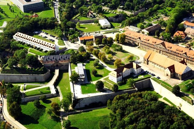 Цитадель Петерсберг (Zitadelle Petersberg)