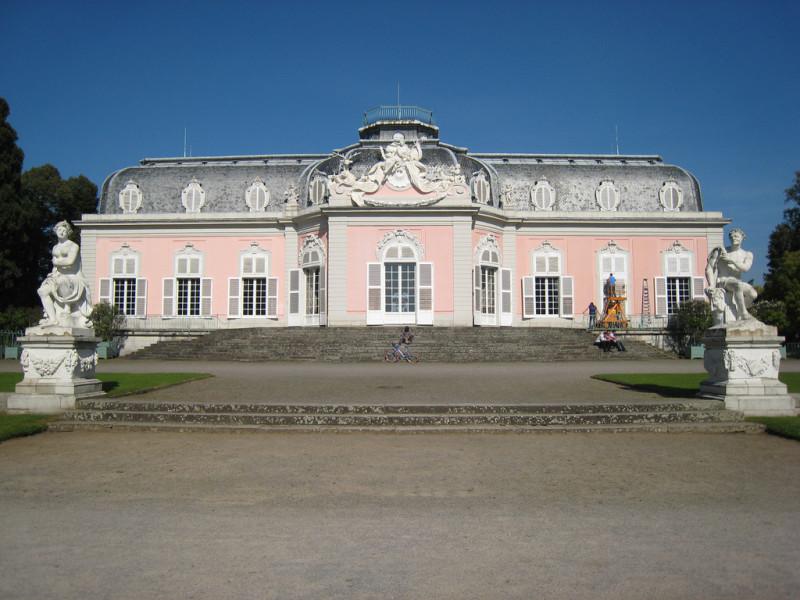 Замок Бенрат (Schloss Benrath) (фото rangaku1976)