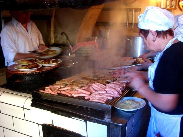 Исторической колбасной кухни (Historische Wurstkuchl)