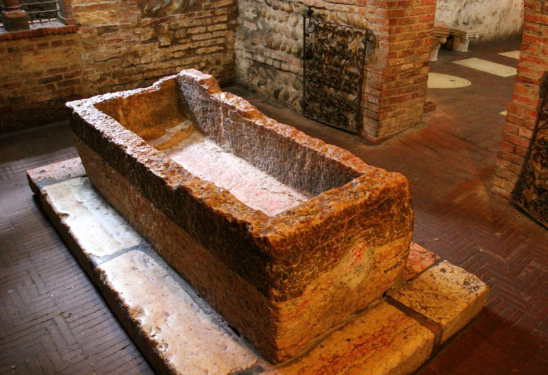 Гробница Джульетты (Tomba di Giulietta)