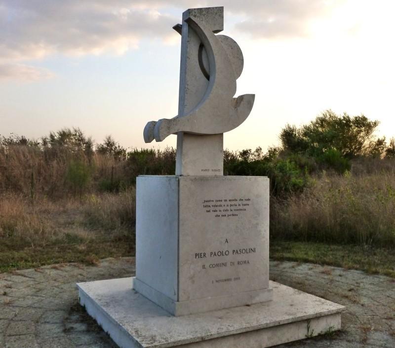 Памятник Пьеру Паоло Пазолини