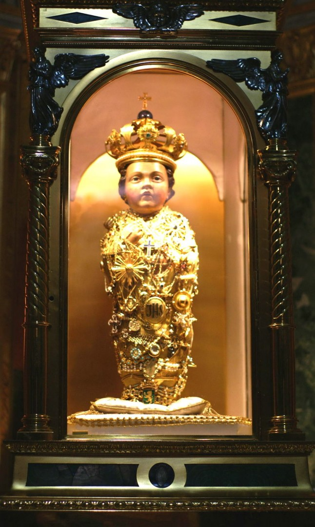 Деревянная фигурка Младенца Иисуса