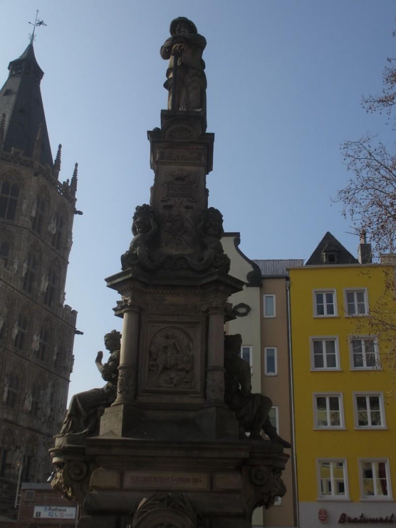 Памятник генералу Яну фон Верту