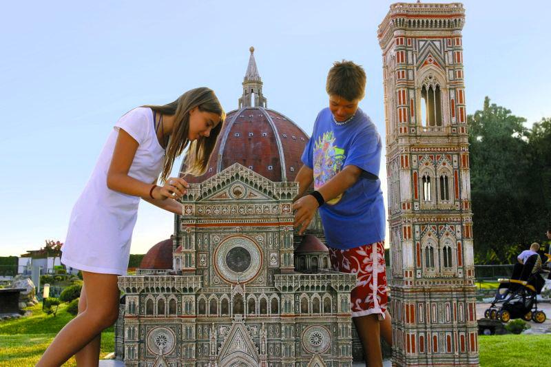 Италия в миниатюре - познавательный парк с мини-копиями итальянских и европейских достопримечательностей
