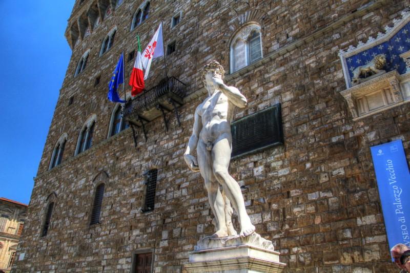 Копия скульптуры Давида на площади Синьории