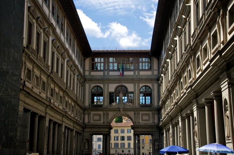 Галерея Уффици - наследие рода Медичи, один из старейших итальянских музеев