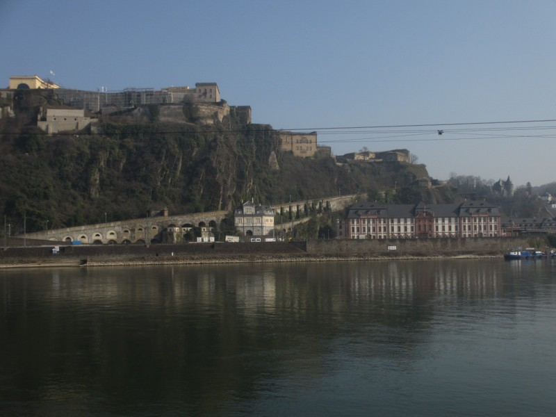Вид с Немецкого угла на крепость Эренбрайтштайн