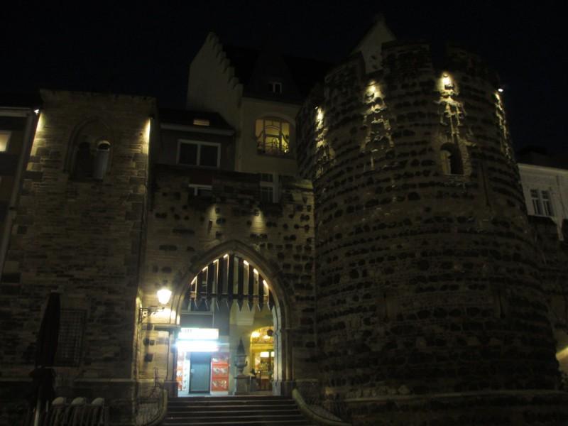 Бонн. Штернтор – остатки городских укреплений (XIII век)