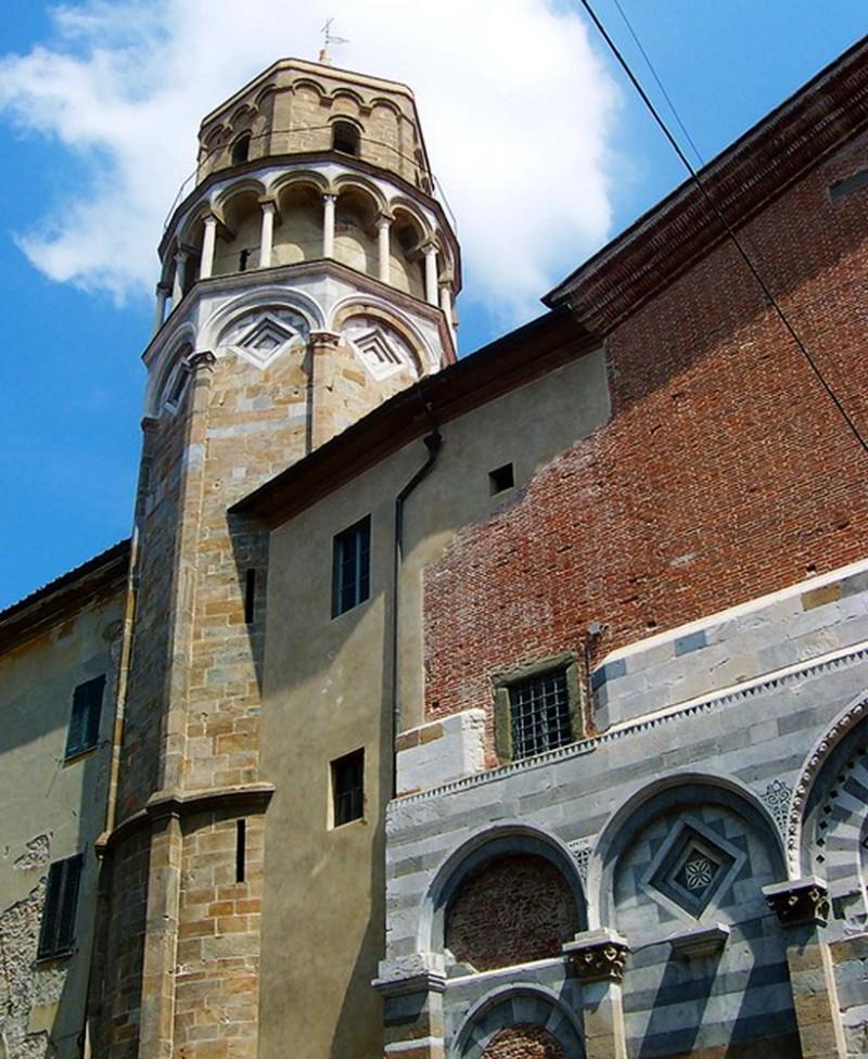 Колокольня церкви святого Николая (Chiesa di San Nicola)