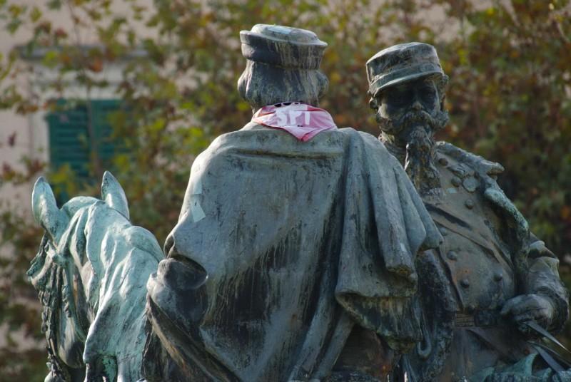 Памятник королю Виктору Эммануилу II и герою Италии – Гарибальди
