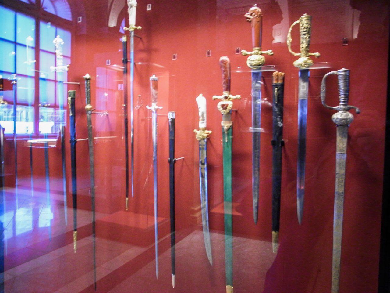 Историческое оружие