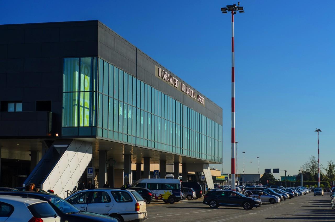 Терминал аэропорта Орио-аль-Серио