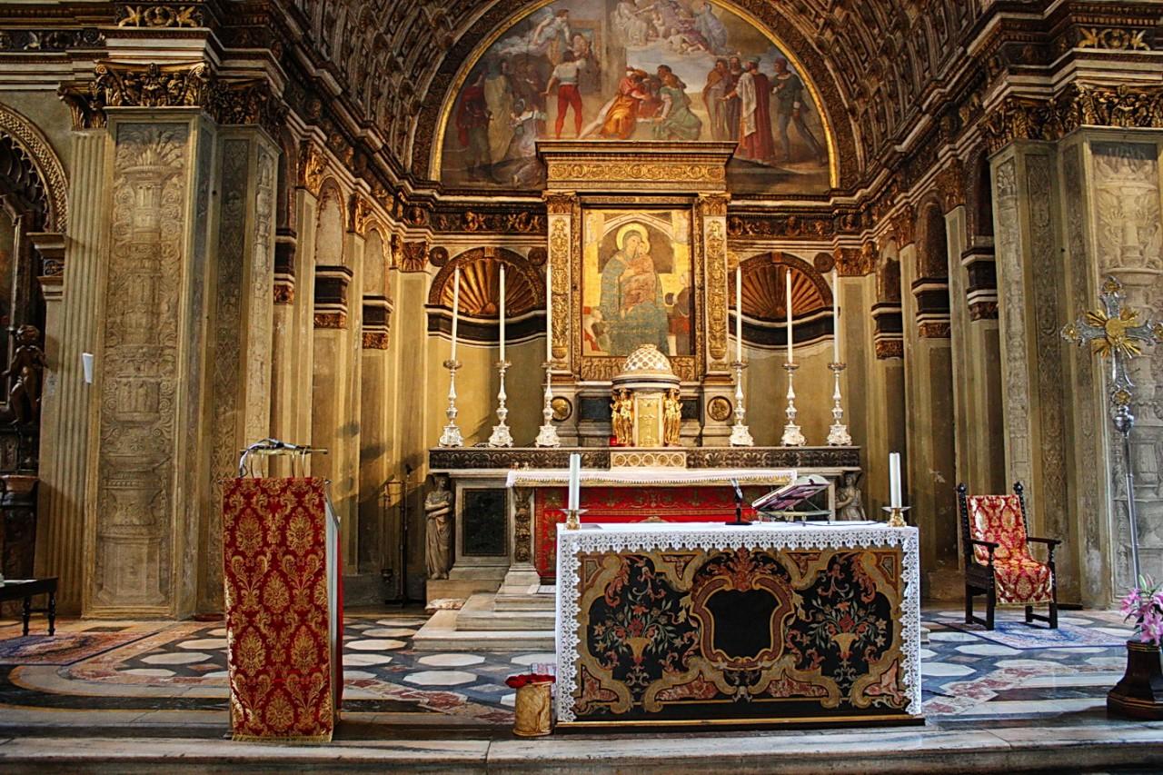 Аспида в церкви Санта-Мария-прессо-Сан-Сатиро