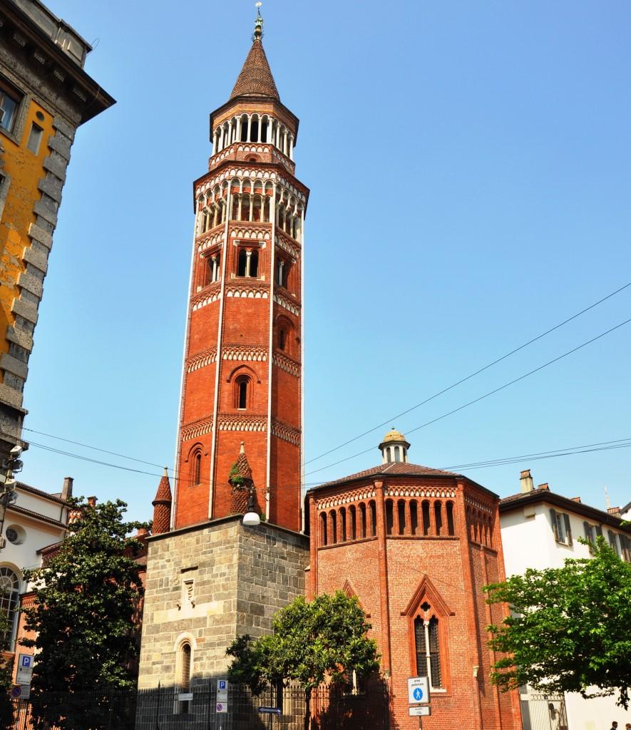 Башня-колокольня Святого Готтардо