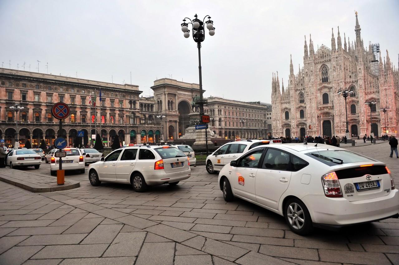 Миланское такси