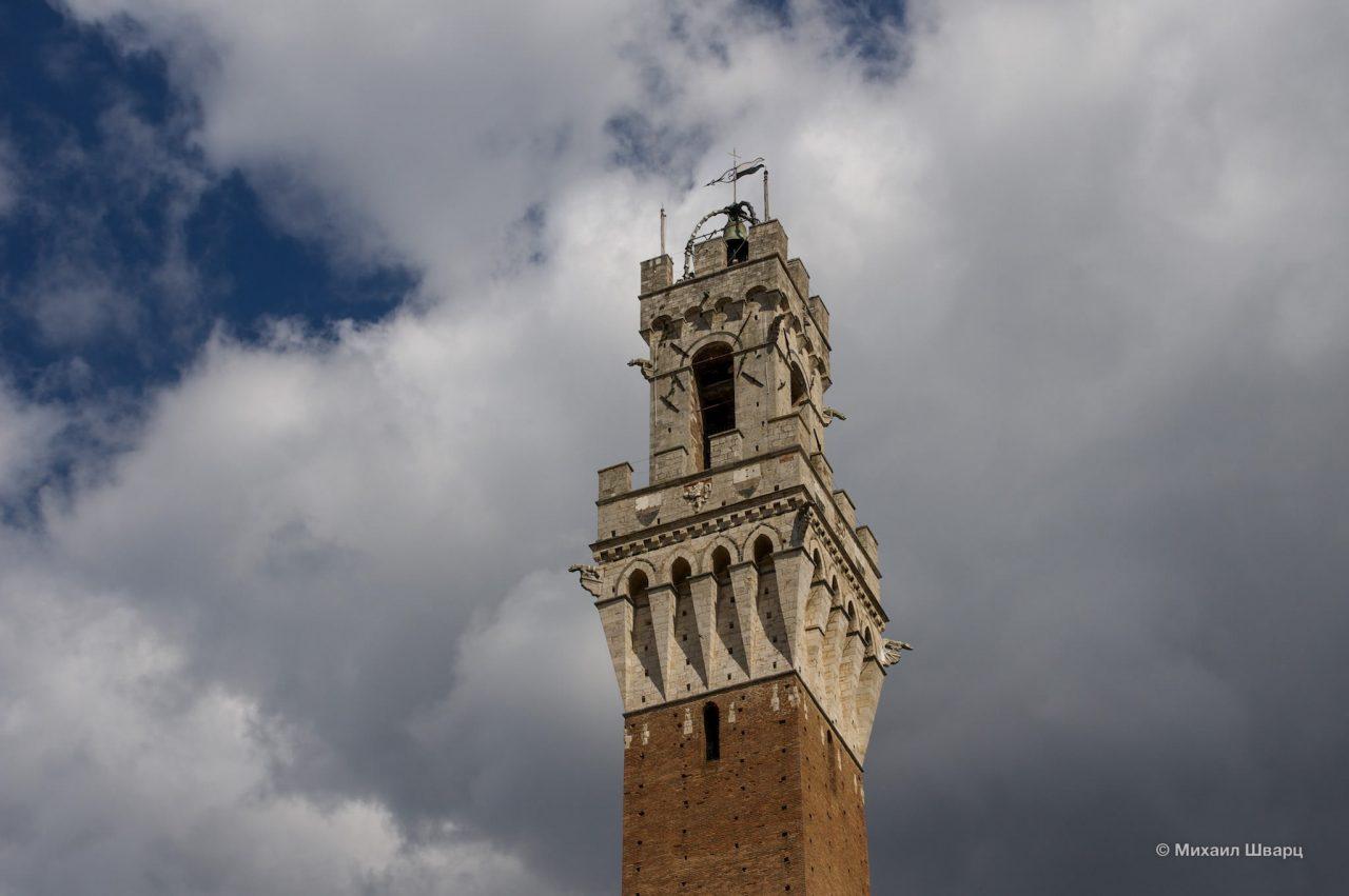 Башня Торре-дель-Манджа (Torre del Mangia)