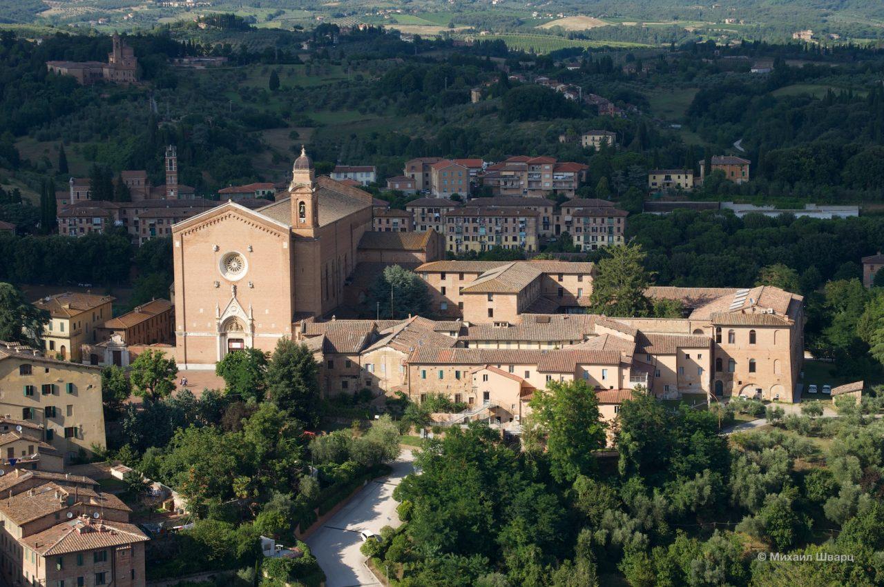 Базилика Оссерванца (Basilica dell'Osservanza)