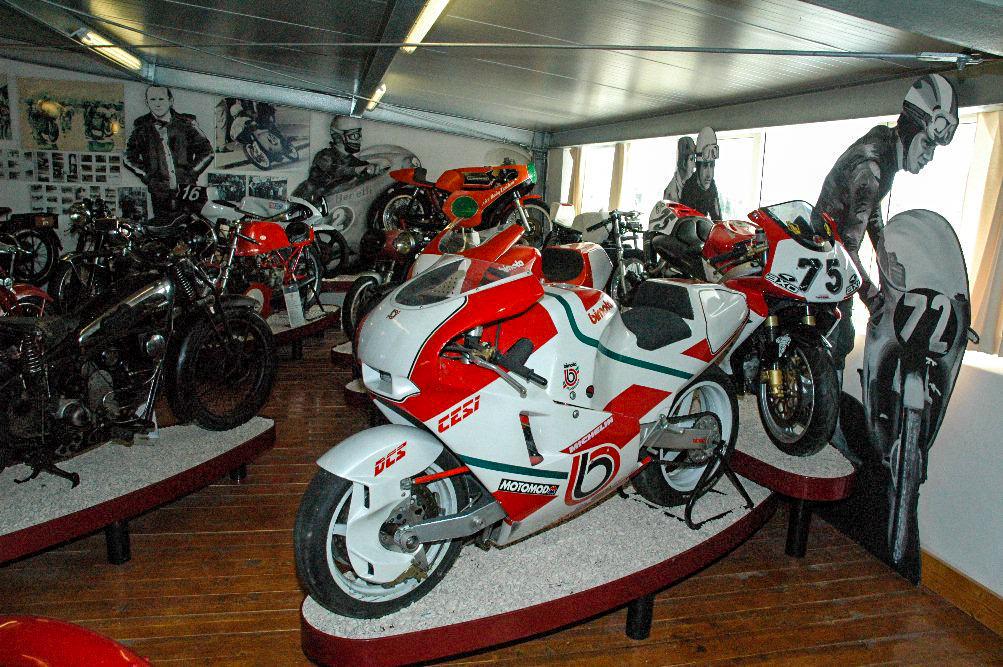 Национального музея мотоциклов (Museo Nazionale del Motociclo)