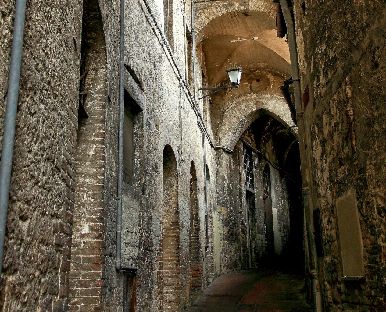 Улица Volte della Pace