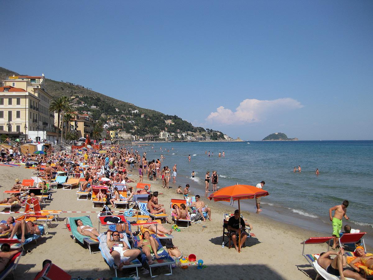 Пляжи Алассио (Alassio), фото Liguria Nautica