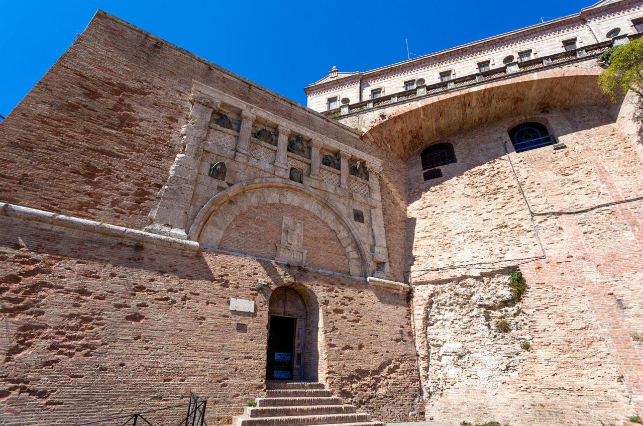 Порта Марция (Porta Marzia)
