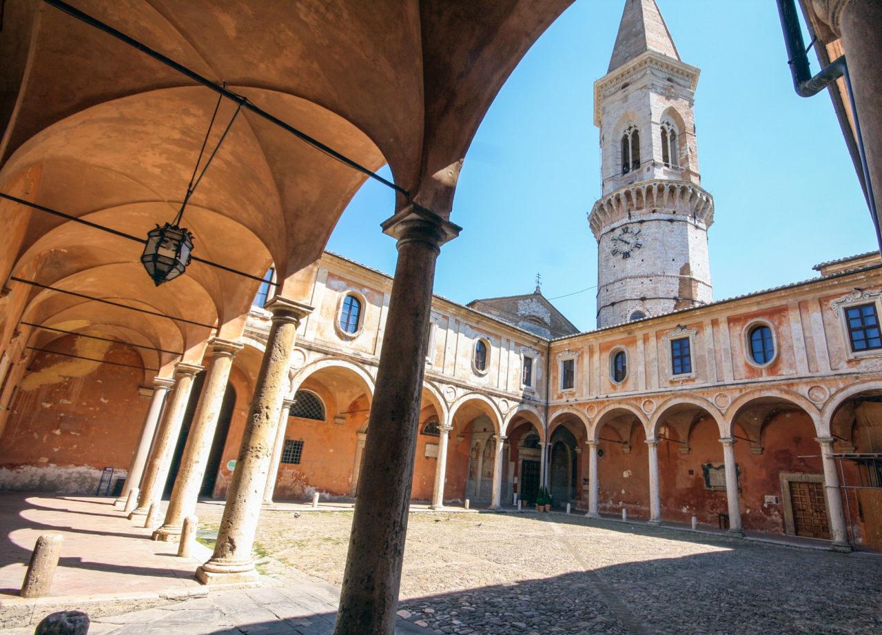 Базилика Сан-Пьетро (Basilica di San Pietro)
