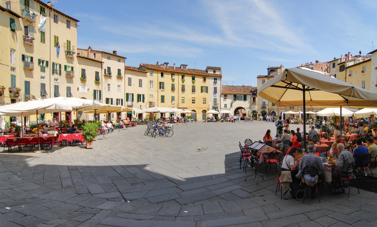 Пьяцца Анфитеатро (Piazza dell'Anfiteatro)