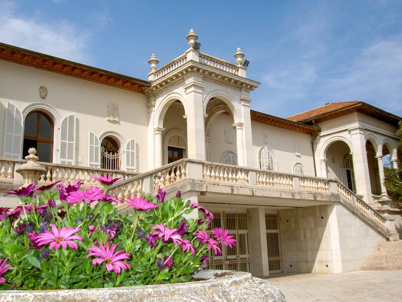 Вилла Ормонд (Villa Ormond)