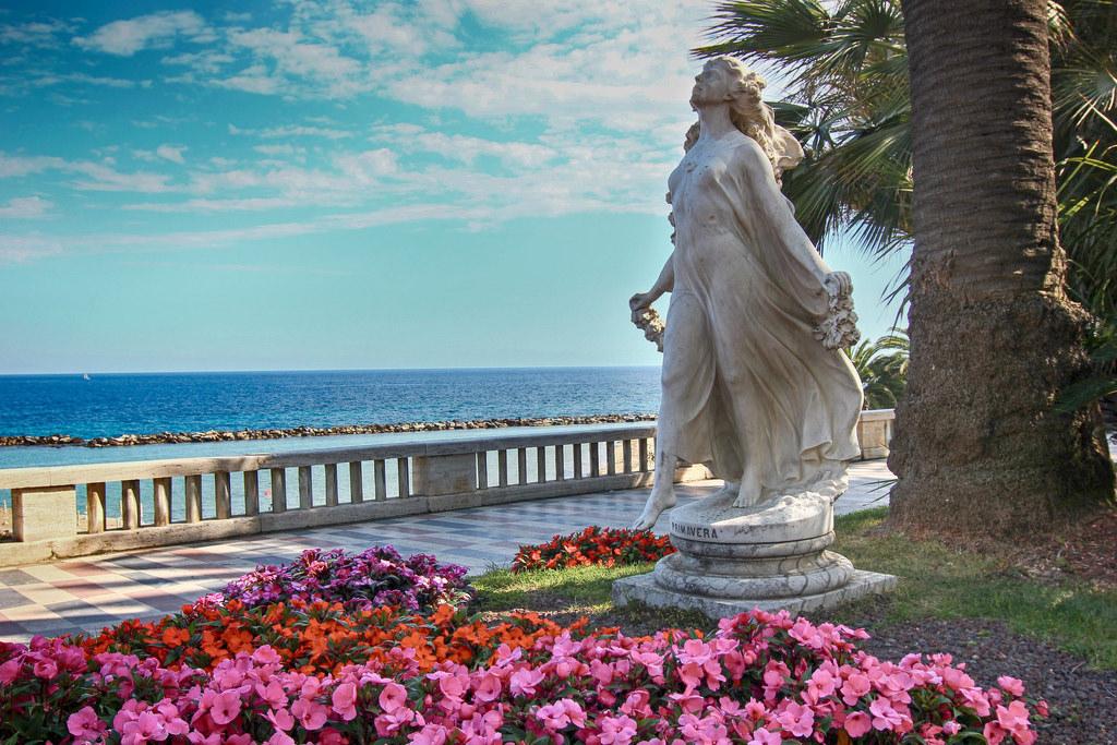 Скульптура Primavera
