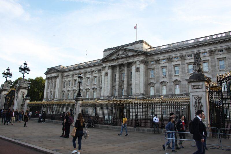Великобритания. Лондон. Букингемский дворец.