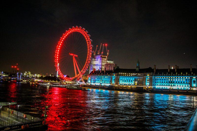 Великобритания. Лондон. Колесо обозрения London Eye.