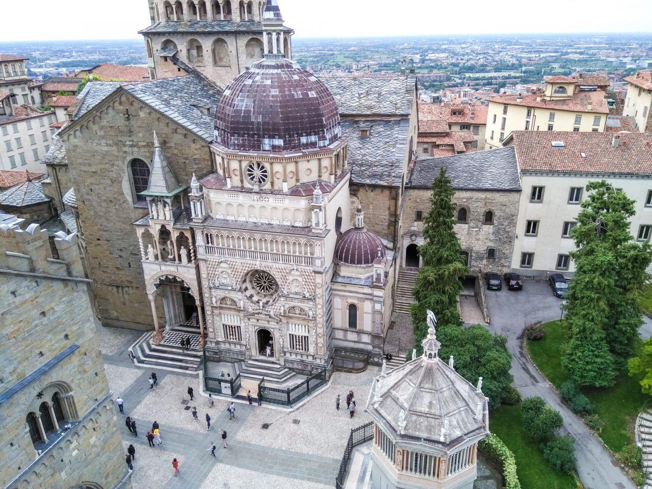 Соборная площадь (Piazza Duomo)