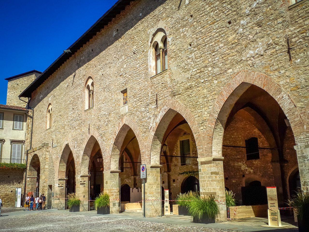 Городской археологический музей (Civico museo archeologico)