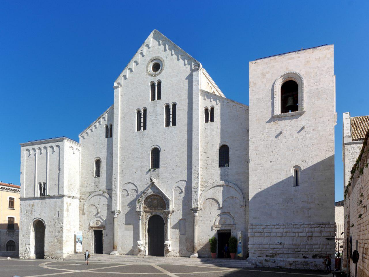 Базилика Святого Николая (Basilica di San Nicola)